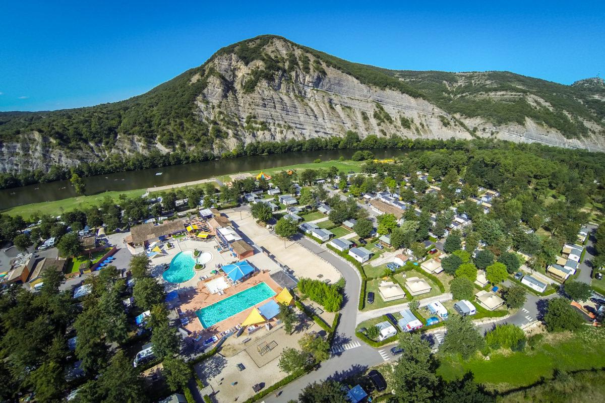 Premium Camping La Plage Fleurie in der Ardèche in Frankreich