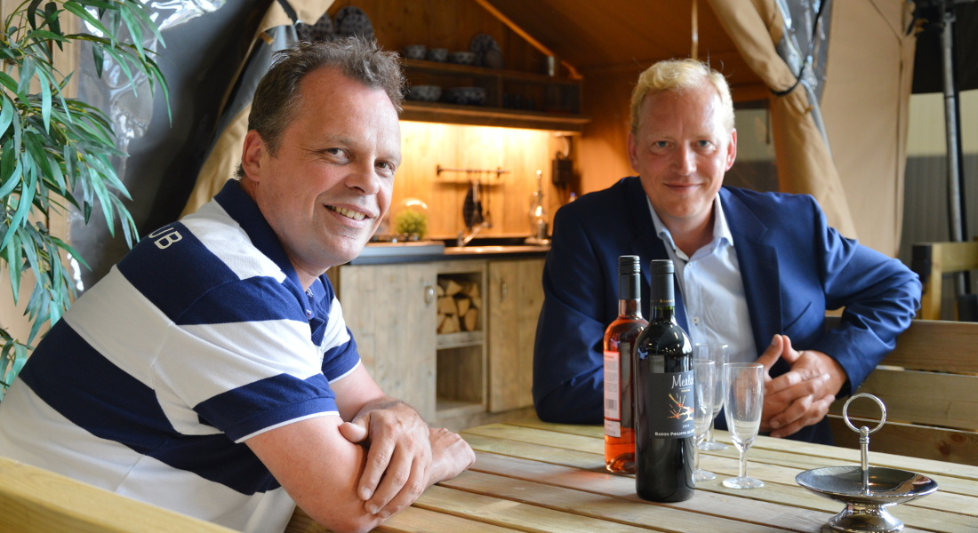 Auf Safari in Holland – Premium Camping zu Besuch bei Luxetenten - Patrick Damen Interview