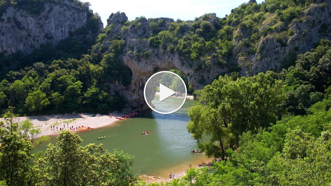 Premium Camping in Frankreich: Das Tor zur Ardèche: Pont d'Arc