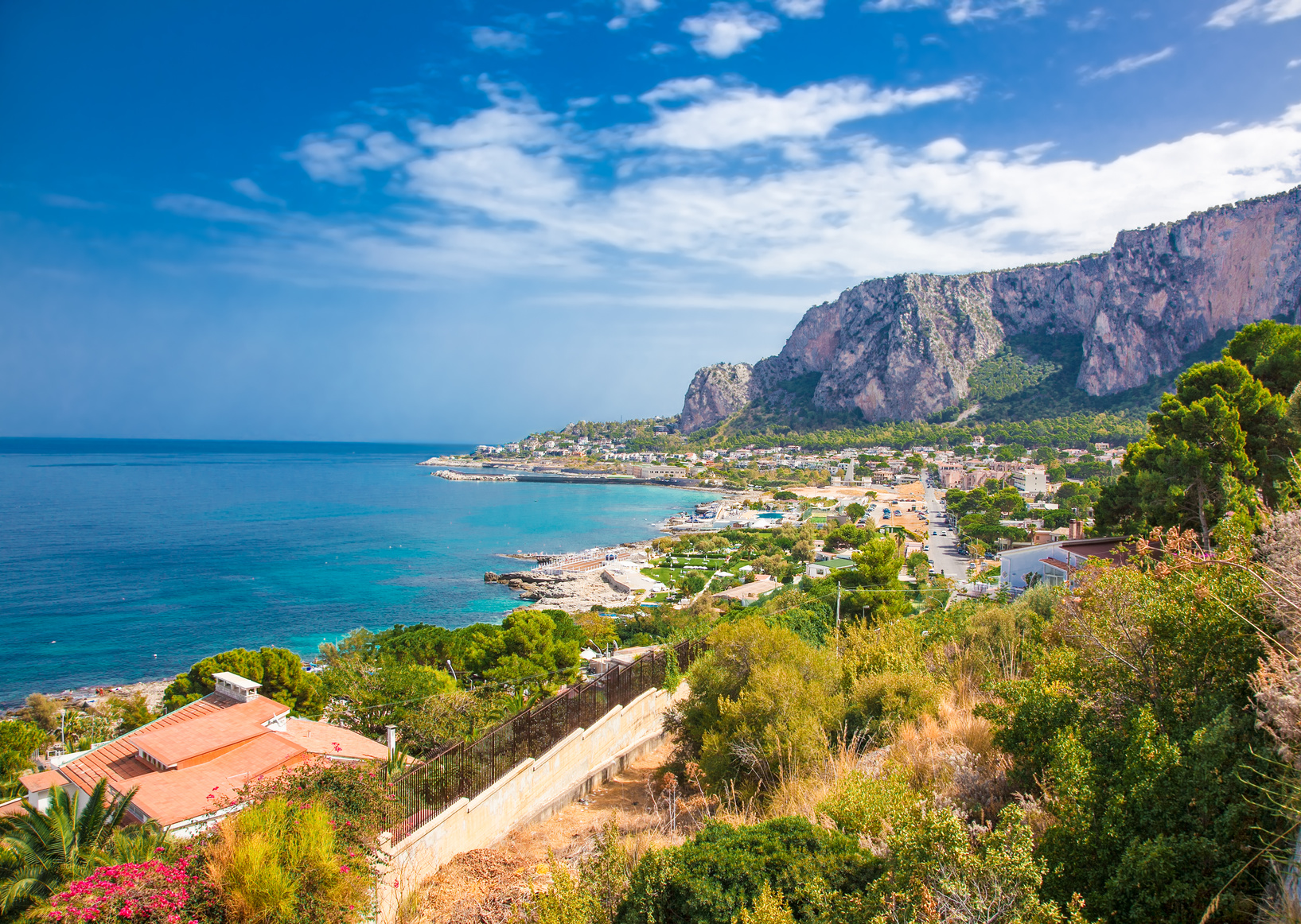 Mondello Bay in Palermo, Sizilien, Italien