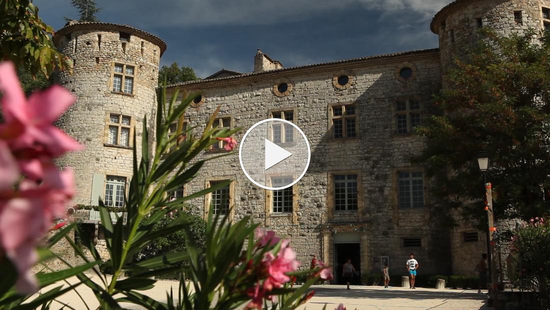 Place to see: Das schönste Dorf Frankreichs? Vogüé!