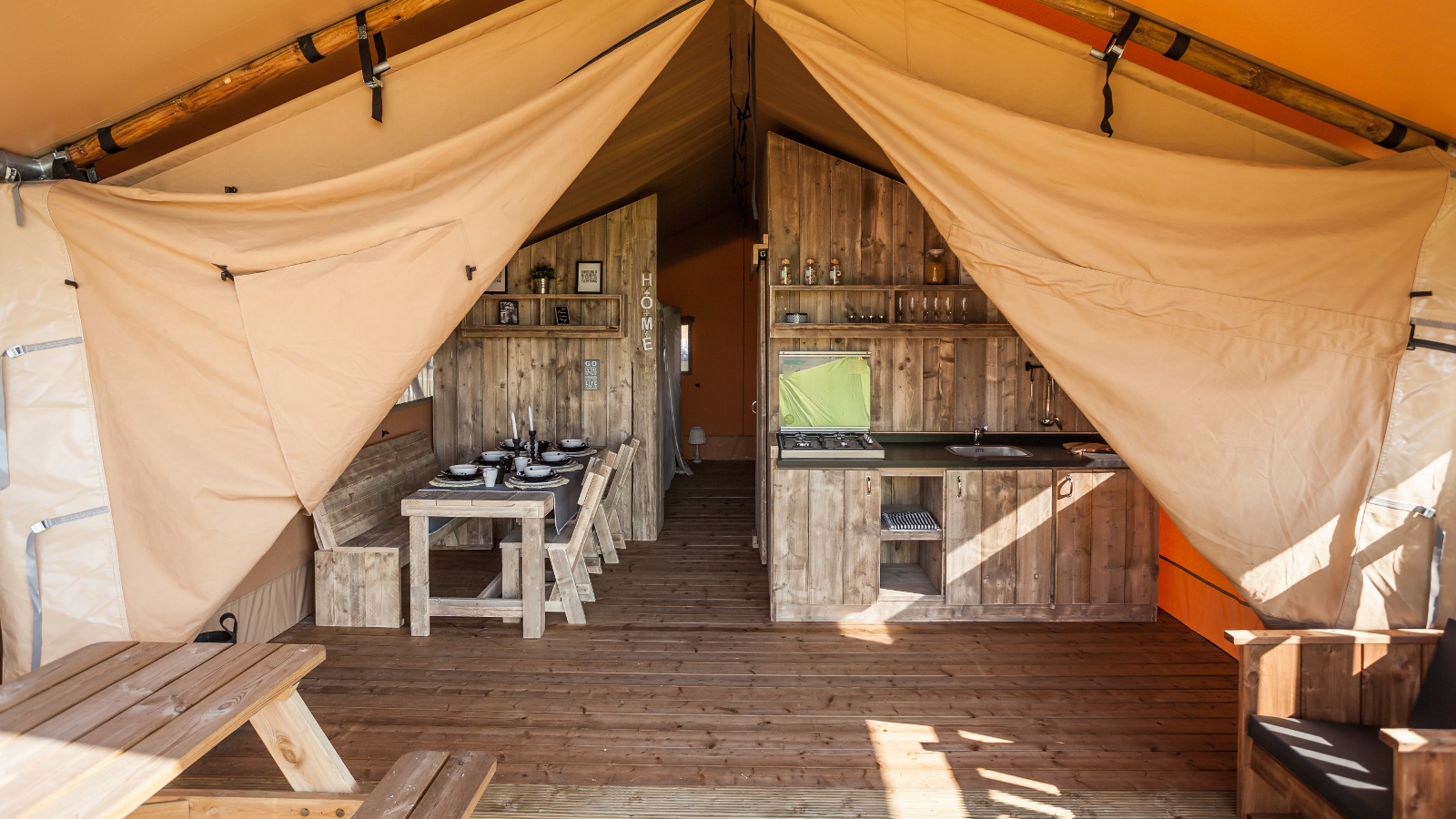Safarizelt auf dem Camping Free Time