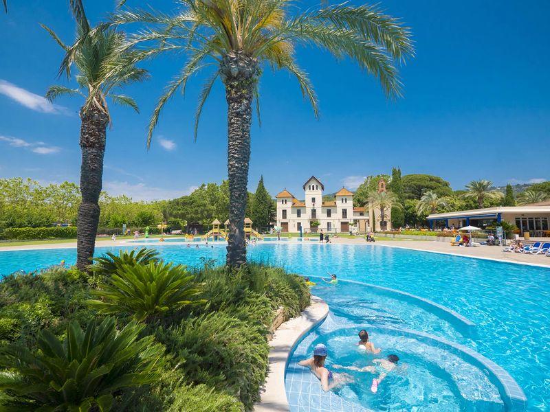 Premium Camping an der Costa Brava: Camping Mas St. Josep
