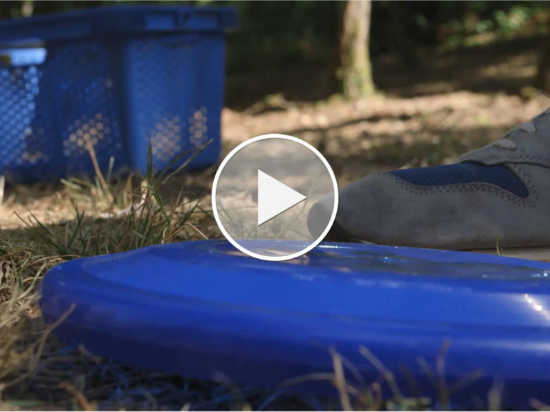 HOW TO: Der neue Urlaubssport heißt Frisbee Disc Golf