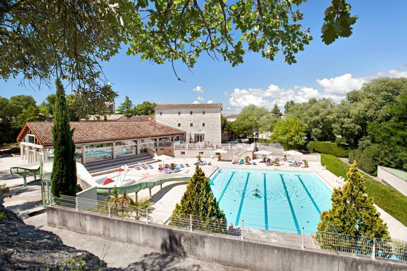 Premium Camping Château de Boisson in Languedoc-Roussillon