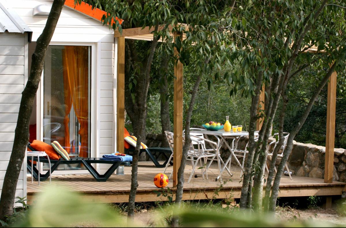 Premium Camping Le Bois Fleuri in Languedoc-Roussillon
