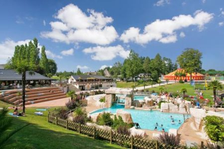Premium Camping in der Bretagne: Camping Domaine des Ormes