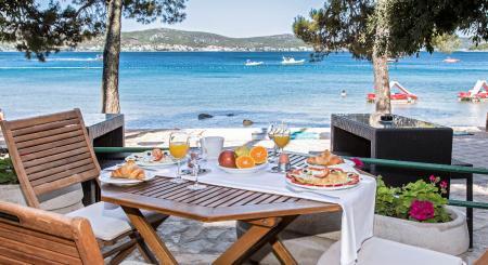 Premium Camping in Kroatien: Camping Park Soline in Dalmatien