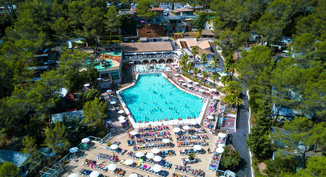 Premium Camping an der Côte d'Azur: Camping Holiday Green in Fréjus