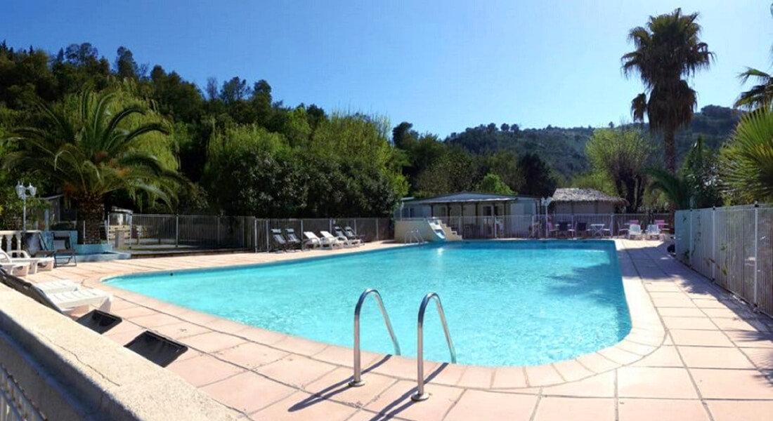 Premium Camping an der Côte d'Azur: Camping Le Parc des Monges